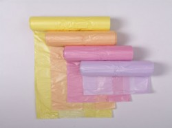 Star-seal bags on roll