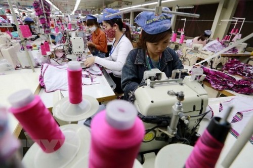 Vietnam's exports estimated at 217.05 bln USD in 10 months